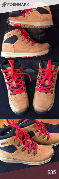 Timberland Boys Boots ONLY $35! Timberland Boys Boots • Size 5 • Good condition • Smoke free home • Ships same or next day Timberland Shoes Boots