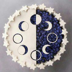 Moon & Stars Cake Moon Pies, Beautiful Cakes, Amazing Cakes, Pie Decoration, British Baking, Moon Cake, Cute Cakes, Fancy Cakes, Just Desserts