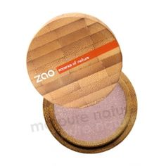 Pinky Beige Organic Eyeshadow in a nice bamboo box.    By new French brand of organic makeup : Zao makeup.
