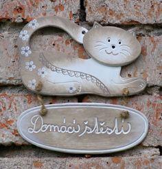 "Keramická kočka ""Domácí štěstí"" - různé barvy :: Keramika Andreas"