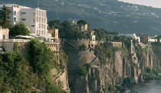 Parco dei Principi, Sorrento (1962) by Gio Ponti http://www.stylehotelsweb.com/hotel/italy/campania/sorrento/parco-dei-principi