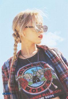 Taeyeon I Girls'Generation [PhotoBook (Why)] Snsd, Sooyoung, Yoona, Kim Hyoyeon, Kpop Girl Groups, Korean Girl Groups, Kpop Girls, Girls Generations, Taeyeon Wallpapers