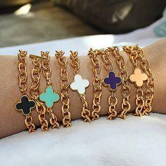 Gold Chain Link Bracelets. Best Diamond, Fashion Accessories, Fashion Jewelry, Jewelry Accessories, Chic, Diamond Are A Girls Best Friend, Gold Chains, Jewelery, Jewelry Box