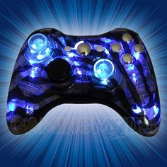 Illuminating Zebra Xbox 360 Modded Controller is a perfect gift for a special gamer in your life! All of GamingModz.com Xbox 360 modded controllers are compatible with every major game on the market today. If you decide to get one of our Xbox 360 or Playstation 3 modded controllers, your gaming experience will increase, overall performance will rise and it will allow you to compete against more experienced players.