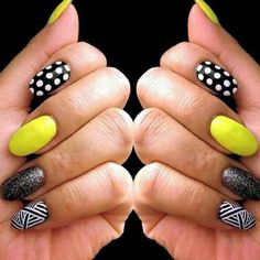 If you start thinking about what kind of nail design you want this year, why not consider neon nail art designs? It's a trend we can't get rid of because they look cool. The advantage of neon nails is that you can mix different designs together. Neon Nail Art, Trendy Nail Art, Neon Nails, Yellow Nails, Black Nails, Black Glitter, Glitter Nails, Neon Nail Designs, Black Nail Designs