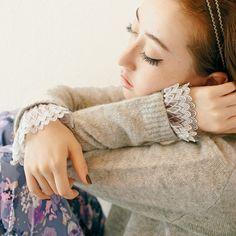 Detachable Cuff Lace