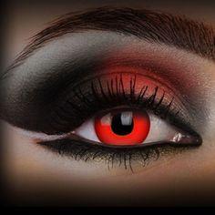 Lentilles de Contact 'Dracula'