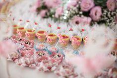 Decoração Festa Infantil Menina - Mesa de Doces (Decoração: GR Kids   Foto: Misturini)