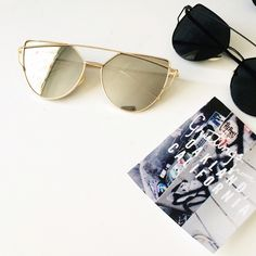 Opaque Mirrored sunglasses with gold wire Opaque mirrored glass / gold wire • brand new • stylish and chic instantdork Accessories Glasses