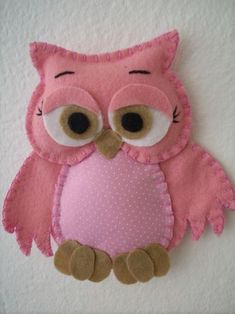Felt Owls, Felt Birds, Felt Animals, Felt Christmas Ornaments, Christmas Crafts, Hobbies And Crafts, Crafts For Kids, Sewing Crafts, Sewing Projects