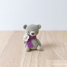 A new cutie has joined the tiny mercer cotton bear series Measuring 4cm tall, she's wearing a pretty purple scarf with a flower brooch topped with a pearl bead✨Available to order now