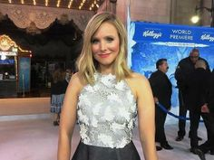 Kristen Bell with MouseInfo on the White Carpet for FROZEN World Premiere!