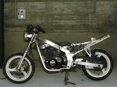 Model gse..   ...llllloooolllllllololollllllololloll Gs500 Cafe Racer, Suzuki Cafe Racer, Yamaha, Rebel, Twin, Motorcycles, Vehicles, Ideas, Motorbikes