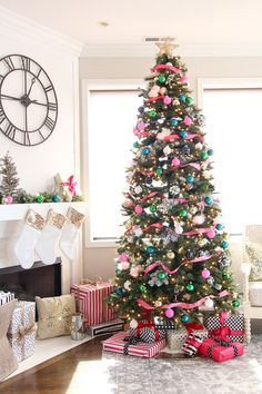 This year's dream tree is full of pinks, blues, and greens! Come see this Kate Spade inspired colorful Christmas tree with lots of sass! Plus, ideas to add some gold and back and white polka dots to your Christmas tree look this year! Colorful Christmas Tree, Christmas Tree Themes, Blue Christmas, Beautiful Christmas, Christmas Home, Christmas Ornaments, Xmas Trees, Merry Christmas, Xmax