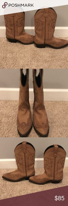 Cowboy Boots size 7 Bought in Nashville and only worn once, amazing condition! I️ can't remember the brand name but the boots are size 7 and leather Shoes Heeled Boots
