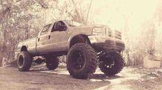 Ford Tow Truck, Lifted Trucks, Big Trucks, Ford Trucks, American Auto, Powerstroke Diesel, Lift Kits, Twin Turbo, Car Manufacturers