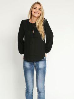 Μπλούζα με V-λαιμόκοψη - 18,98 € - http://www.ilovesales.gr/shop/blouza-me-v-lemokopsi-58/