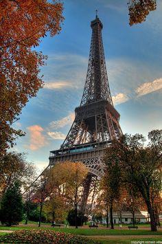 L'Automne à Paris. Paris Autumn.