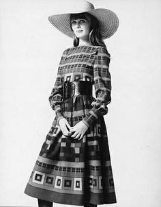 Vestido estampado, diseñado por Lanvin (1971)