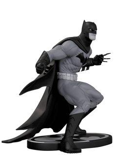 Greg Capullo Batman Black and White statue