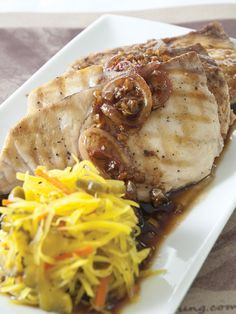 Grilled White Fish with Balsamic Butter Sauce by Chef Tatung Sarthou Grilled Fish Recipes, Healthy Grilling Recipes, Healthy Work Snacks, Healthy Chicken Recipes, Real Food Recipes, Vegetarian Recipes, Strip Steak, Tapenade, Tilapia
