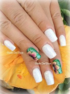 Uñas Love To Shop, Dali, My Baby Girl, Beauty Nails, Nail Design, Beautiful Dresses, To My Daughter, Police, Tropical