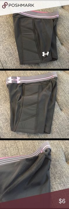 Under Armour Softball Sliding Shorts Sliding shorts to earn softball points! Black with pink/gray elastic waistband. Girls 8/10, M .. based on daughter's size last year. Tags removed for comfort. Under Armour Bottoms Shorts