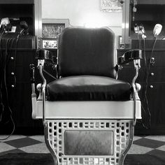 Barber Shop In Long Beach : at uploaded by user barber chairs vintage barber barber shop barbers ...