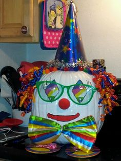 1000 images about fall 2013 on pinterest clowns the for Clown pumpkin painting