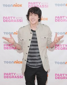 "Munro Chambers Photos - ""Party With Degrassi"" At Cast-Hosted Screening Event for TeenNick's Award-Winning Drama ""Degrassi"" - Zimbio"
