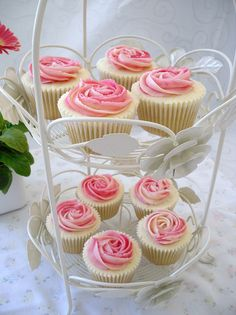 oh, for wedding cupcakes =)