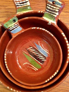 Mexican decor: Vintage Mexican Terracotta Pottery Nesting Bowls. Rustic and lovely.