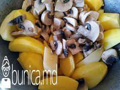 bunica.md — Cartofi cu piept de pui, ciuperci și smîntînă Fruit, Food, Essen, Meals, Yemek, Eten