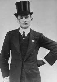 Top hat and monocle 1914 Fashion, Mens Fashion, Fashion Art, Vintage Men, Vintage Fashion, Vintage Clothing, Like A Sir, Hobble Skirt, 20th Century Fashion