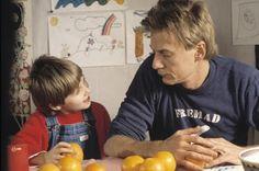 Nana. Children's tv show from 1988 starring Jesper Christensen and Barbara Rothenborg