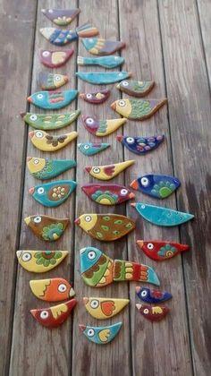 inspiration for stone painting aa - aa Inspiration painting saltdough Stone Clay Birds, Ceramic Birds, Ceramic Animals, Ceramic Clay, Ceramic Pottery, Arte Pallet, Clay Christmas Decorations, Cerámica Ideas, Keramik Design
