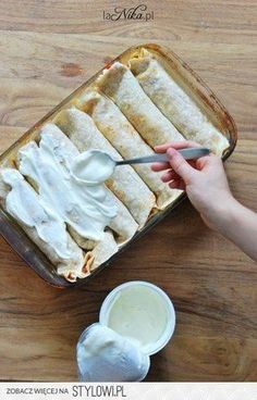 Baked tortillas with chicken, paprika, corn and cheese - Baked tortillas with c. - Baked tortillas with chicken, paprika, corn and cheese – Baked tortillas with c… – Baked to - Mexican Food Recipes, Snack Recipes, Cooking Recipes, Healthy Recipes, Vegan Lunch Box, Baked Fish Fillet, Easy Casserole Recipes, Snacks Für Party, Polish Recipes