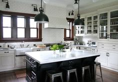 White tiles, whatever their dimensions and shape are, look classical and are always versatile