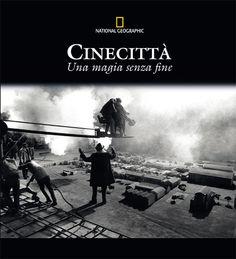 """Da non perdere! Per Federico Fellini Cinecittà era il posto ideale, l'utero materno, il vuoto cosmico prima del Big Bang. Per Roberto Benigni, dietro i cancelli di via Tuscolana 1055 """"c'è tutta la nostra storia, tutti i nostri sogni fabbricati per uomini svegli""""."""
