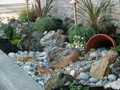 16 Gorgeous Small Rock Gardens You Will Definitely Love To Copy - The ART in LIFE - The Garden Center