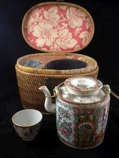 19Century,, Chinese Export Rose Medallion Teapot With Cozy Basket