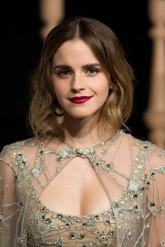 Emma Watson Stil, Emma Watson Pics, Emma Watson Quotes, Ema Watson, Emma Watson Short Hair, Emma Watson Makeup, Fangirl, Pixie Crop, Emma Watson Beautiful
