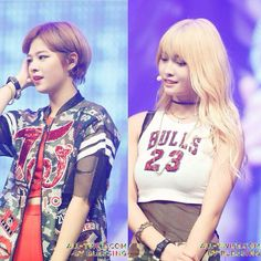 Twice 1st showcase, member Jungyeon and Momo.