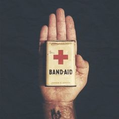 Scott Hansen, Clever Packaging, Band Aid, Visual Communication, Contemporary Art, Cool Stuff, Instagram, Aid Kit, Tin Boxes