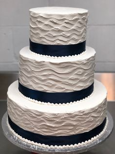 Vanilla Cake, Our Wedding, Wedding Cakes, Desserts, Food, Vanilla Sponge Cake, Wedding Gown Cakes, Meal, Wedding Pie Table