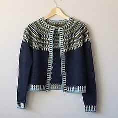 Ravelry: Land o' Cakes pattern by Kate Davies Designs Knitwear Fashion, Knit Fashion, Sweater Fashion, Knitting Projects, Knitting Patterns, Crochet Patterns, Love Lauren, Bind Off, Knit In The Round