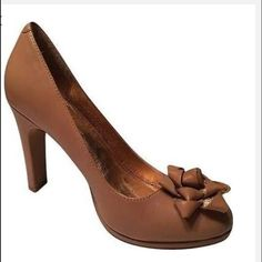 """Anthropologie Miss Albright Macyn - Size 10 Anthropologie Nude Bow heels. 4"""" heels only worn once.  Box included. Anthropologie Shoes Heels"""