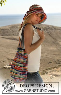 "Cappello e borsa DROPS lavorati all'uncinetto in ""Muskat Soft"". ~ DROPS Design"