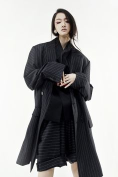 tchaikim X『The Pictorial Project』 Traditional Fashion, Traditional Outfits, Look Fashion, Fashion Outfits, Fashion Design, Fashion Trends, Corporate Fashion, Monochrome Fashion, Hipster Outfits