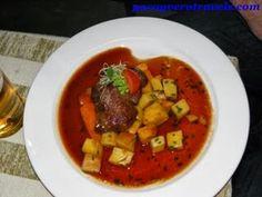 Pato Tallin #estonia http://www.pacoyverotravels.com/2013/10/donde-comer-en-tallin-restaurante-olde-hansa.html